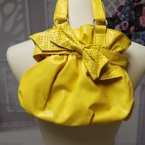 Other - Cute little yellow purse